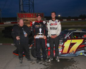 OSCAAR Feature Winners @ Flamboro Speedway 2015. (5 of 5)