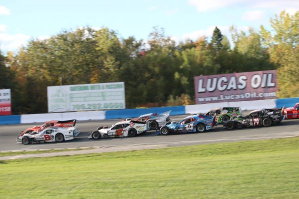 OSCAAR Modified's at Peterborough Speedway